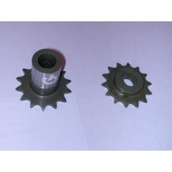Magneto drive sprocket pair